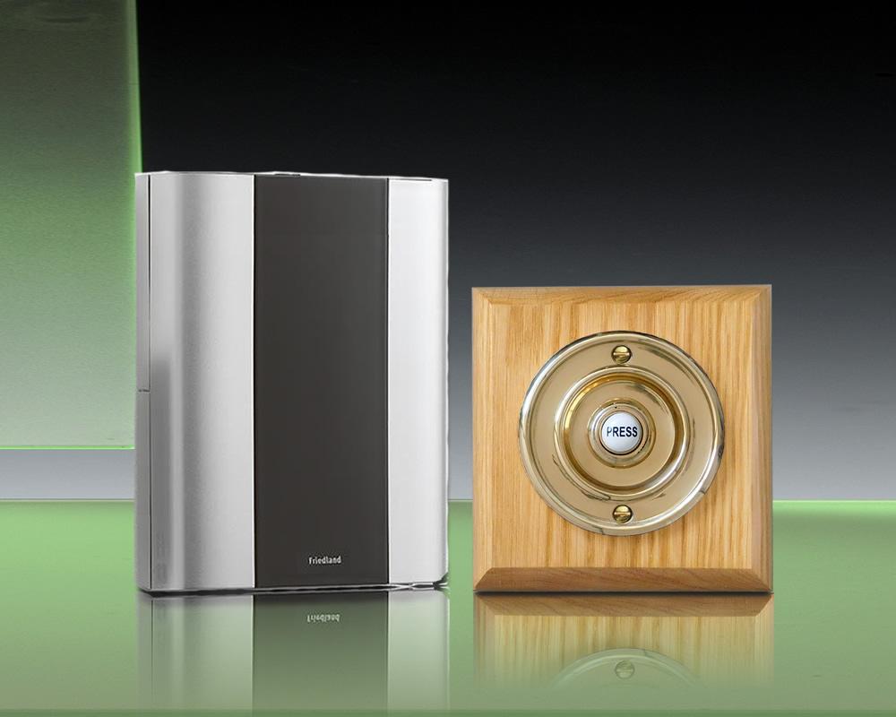 Libra Classic 100m Wireless Doorbell Kit Brass Push Honey